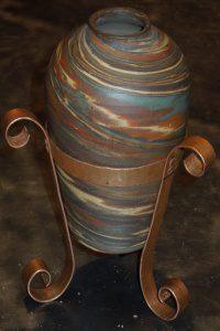 Handmade vase stand