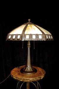 1930s hubbard slag glass lamp