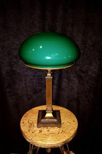 Mission desk lamp circa 1910-1920